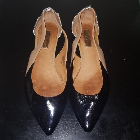 31dce8d1dbb Halogen Shoes - Halogen Flats Size 7.5